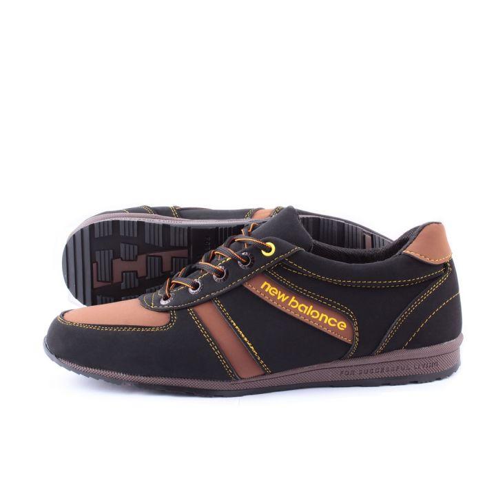 Ankor: Мужские осенние кроссовки T21 коричневые оптом